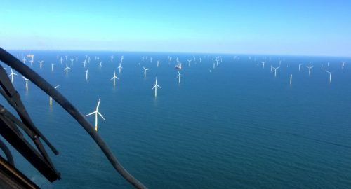 Helicopters, platforms and offshore windfarms