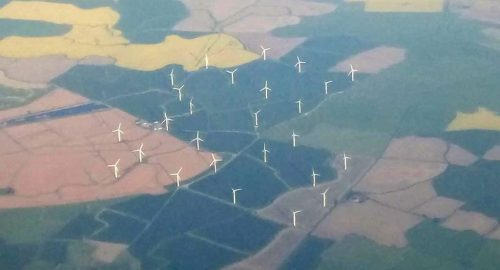 The dangerous relationship between wind turbines and aviation